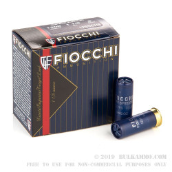 25 Rounds of 12ga Ammo by Fiocchi Spreader - 1 1/8 ounce #8 shot